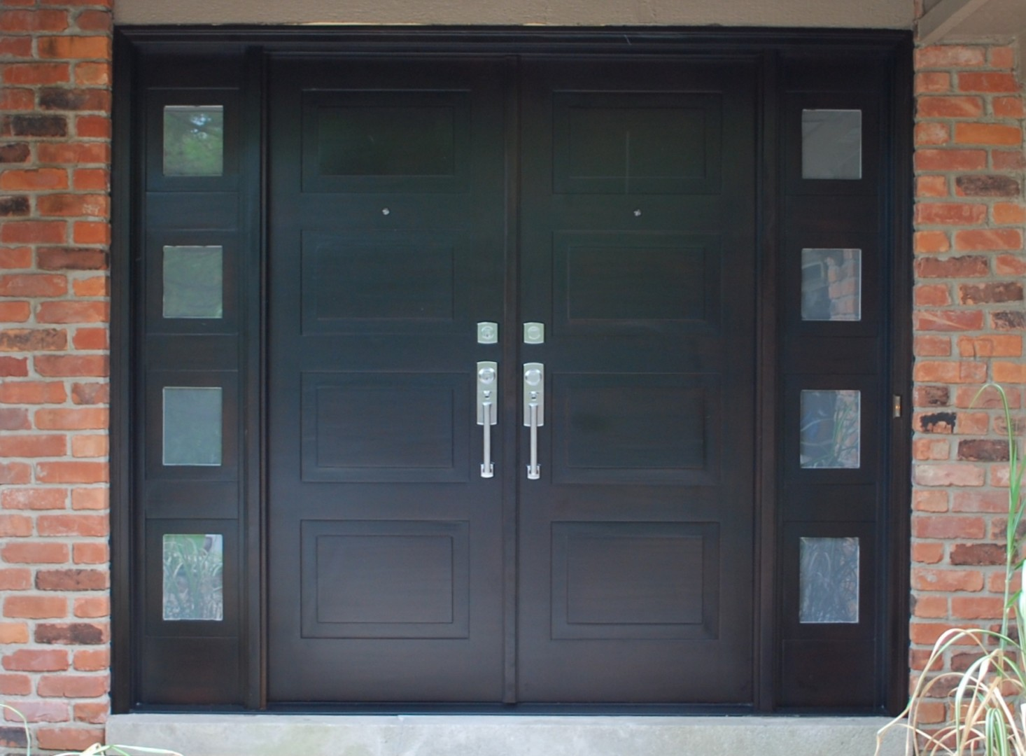 Modern front entry doors in african mahogany chad womack for Exterior double doors with glass