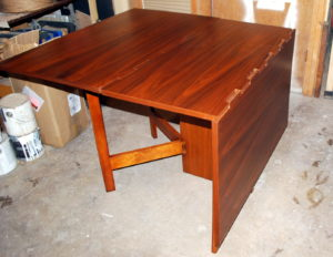 George Nelson's gate leg dining table