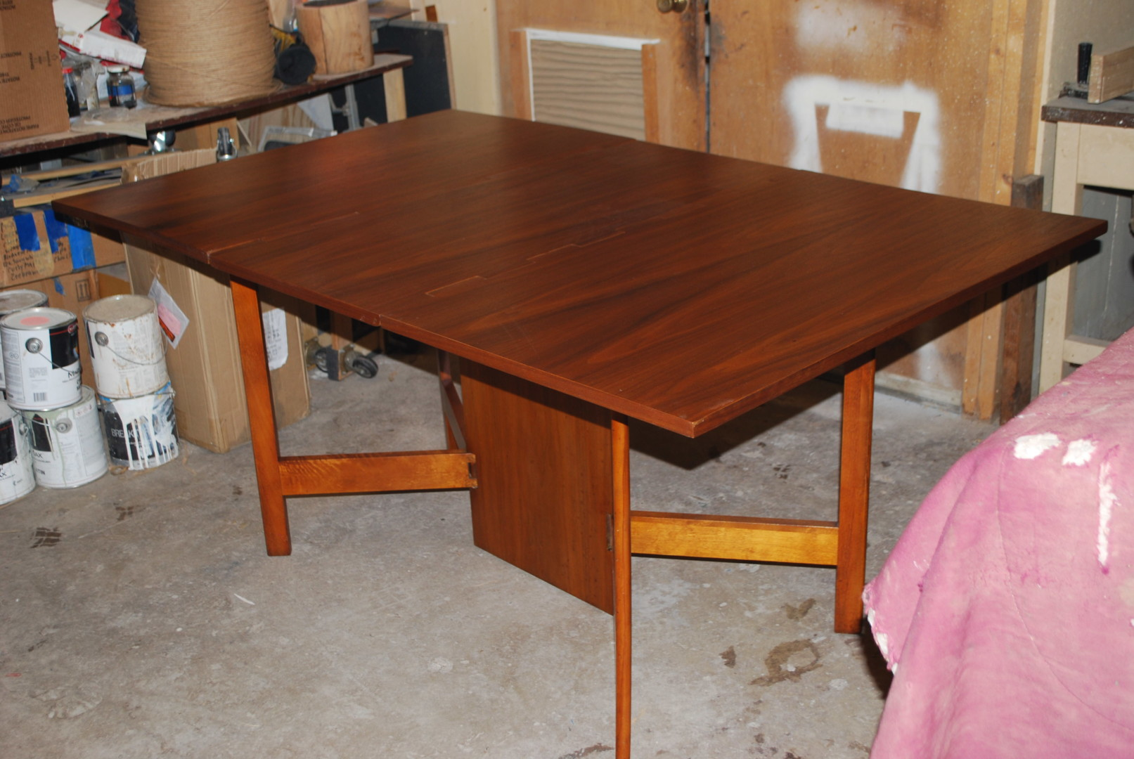 George Nelson S Gate Leg Dining Table
